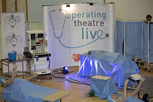 Students take part in Operating Theatre Live!